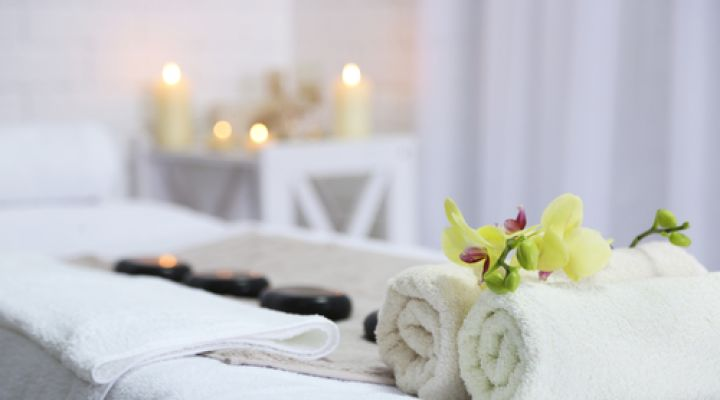 Roslin Retreat Offer - April Treatment of the Month